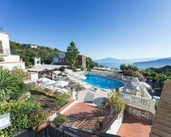 hotel_jaccarino_hotel_a_sant_agata_sui_due_golfi_massa_lubrense_sorrento_foto_b_piscina